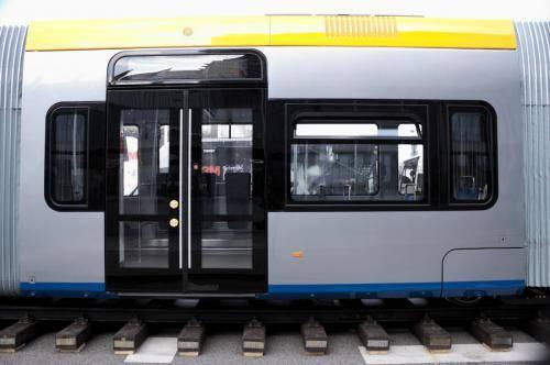 Tramino NGT10 Lipsk Solaris - szyby boczne
